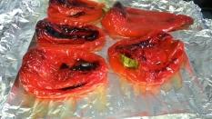 Pimientos rojos dejando que se enfrien